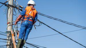 Asemenea racordării la gaze, și racordarea la rețelele electrice va fi, în curând, gratuită pentru clienții casnici