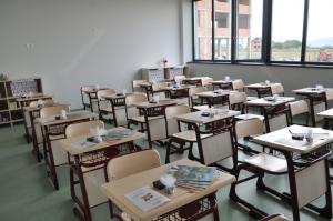Mai puțin de 400 de școli construite după Revoluție