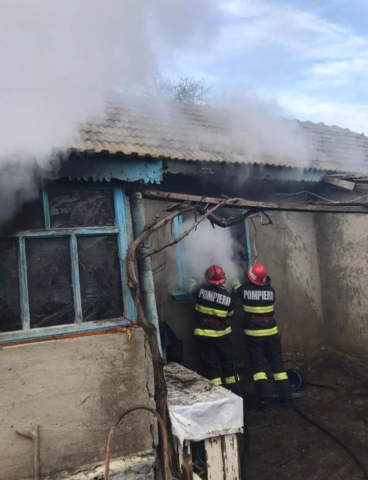 Un nou incendiu la o casa din județ – din fericire fără victime
