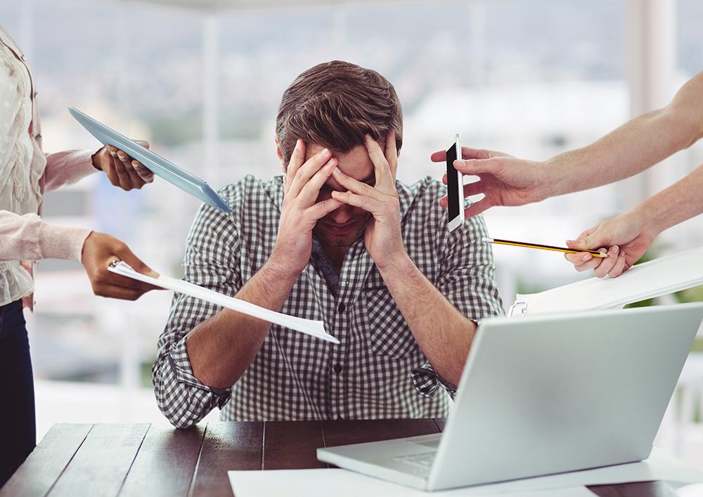 Stresul poate fi considerat hărțuire morală la locul de muncă