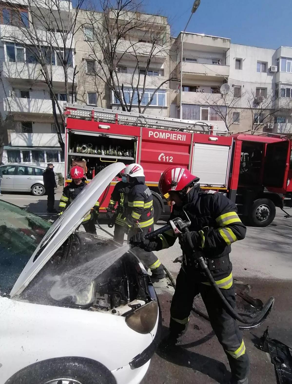 Incendiu la un autoturism în această dimineață, în municipiu