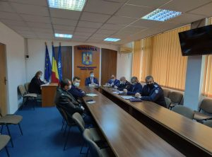 Măsurile de siguranță aplicate în perioada Sărbătorilor Pascale au fost discutate azi la Prefectura Tulcea