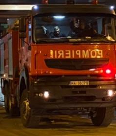 Incendiu în miez de noapte la un hotel din municipiul Tulcea