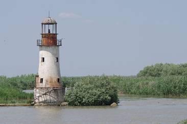 Turişti salvaţi din apele Dunării