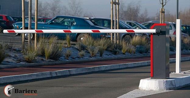 Veste bună: O primă parcare pentru turiști 'răsare' la intrarea în oraș