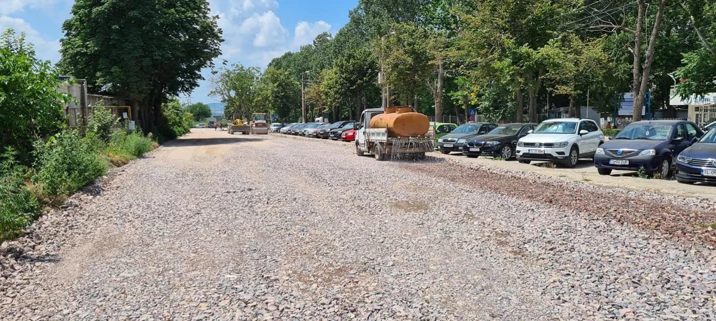 Se lucrează la crearea a peste 250 de locuri de parcare la intrarea în municipiu, zona depozitelor