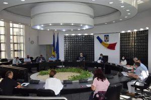 Majoritatea primarilor din județ au fost ieri la ședința Colegiului Prefectural