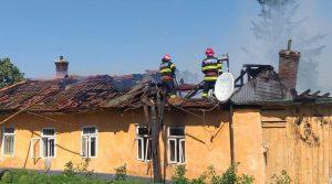 Incendiu provocat la o casă din Babadag