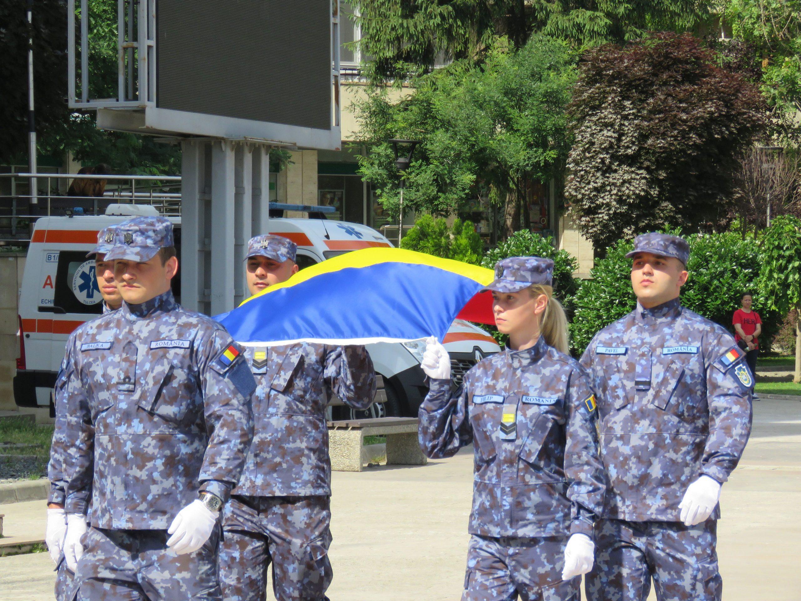 Ceremonial militar dedicat Zilei Drapelului Național