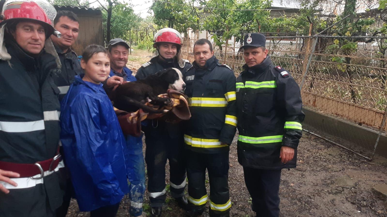 De 1 Iunie, pompierii măcineni au făcut un copil fericit!