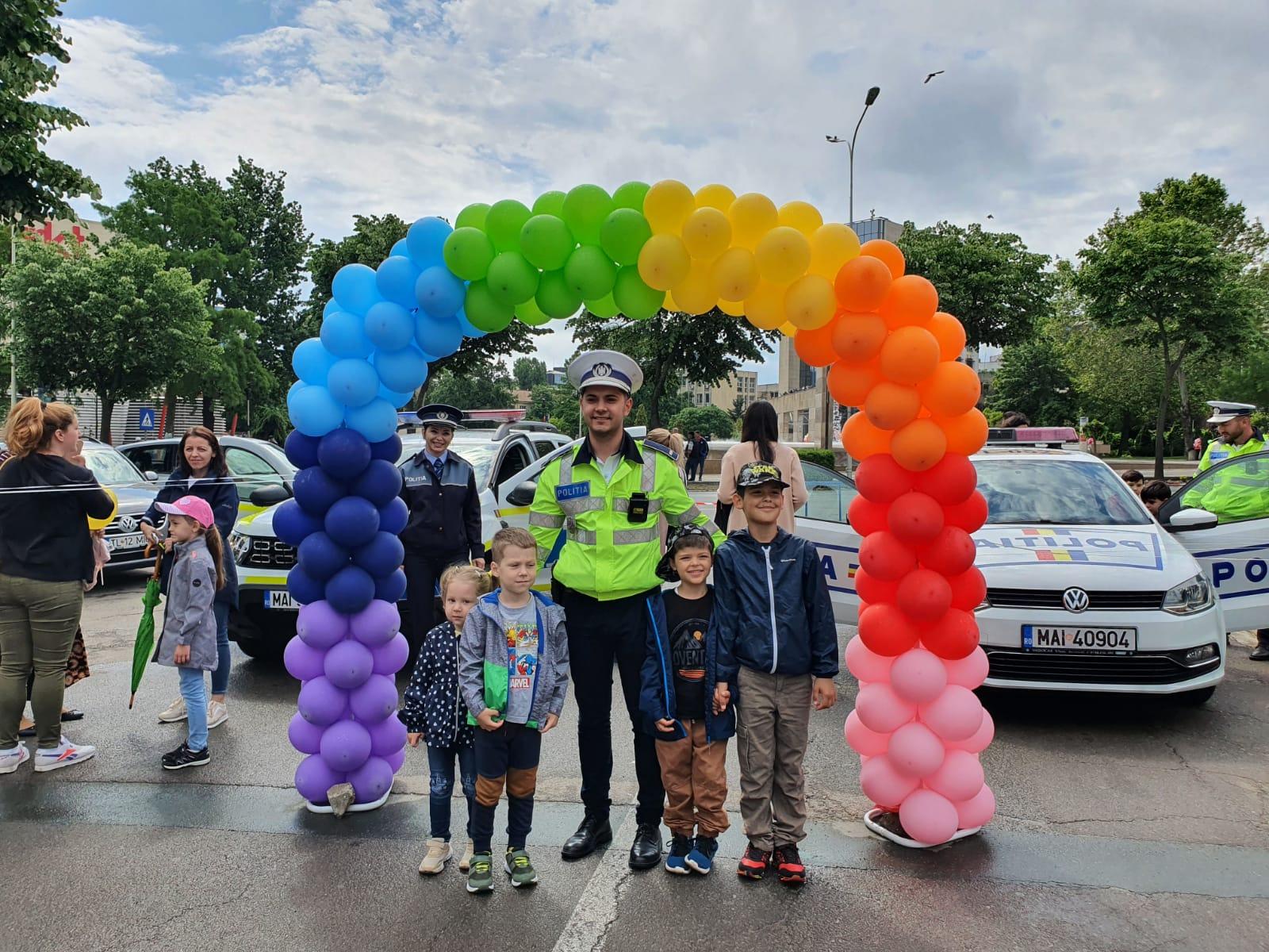 """Polițiștii tulceni au """"acționat """" în weekend pe Strada Bucuriei"""