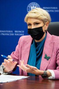 Ministrul Muncii vrea reglementarea activităţilor casnice!