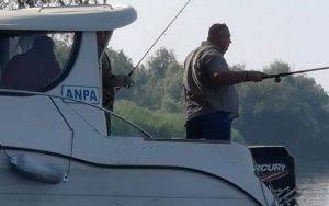 Barcă ANPA, folosită ilegal la pescuit în deltă!