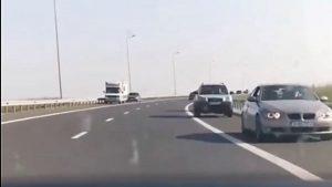 HALUCINANT: Zeci de mașini pe contrasens, pe Autostrada Soarelui!