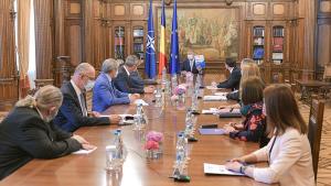 """3 zile de consultări pe tema proiectului """"România Educată"""""""
