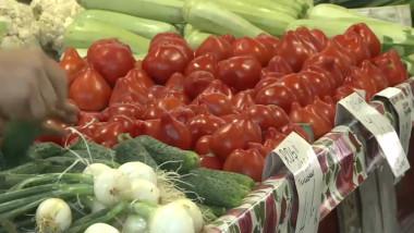 Fructe și legume cu etichete false în piețele din Tulcea!