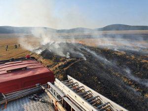Miriște de grâu incendiată la Slava Cercheză!