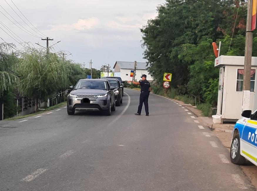 40 de șoferi grăbiți prinși de polițiști. Unul avea 138 de km/h în localitate
