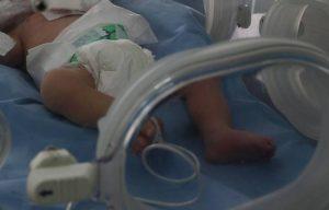 Bebeluș de 5 luni, infectat cu COVID-19, internat la Spitalul Județean Tulcea!