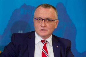 Ministrul Educației: Masca va fi obligatorie în continuare în școli!
