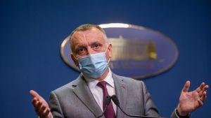 Profesorii nevaccinați și netestați trimiși la odihnă de ministrul Sănătății, peste pragul de 6 la mie