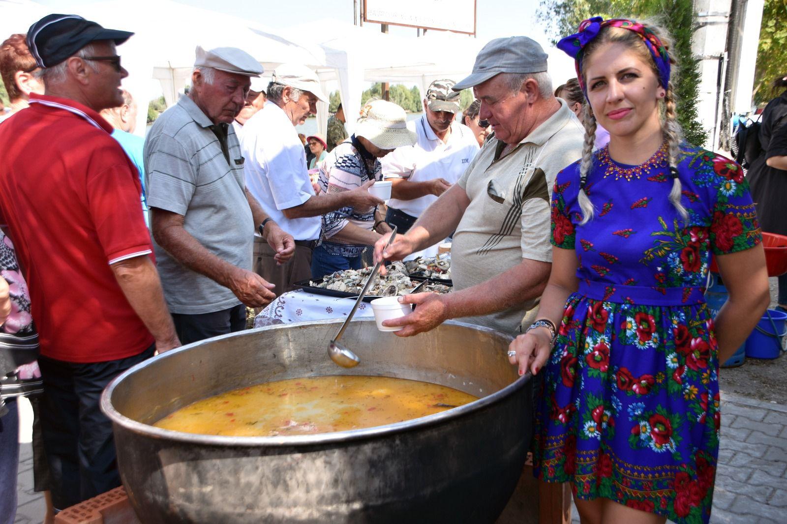 Borșul de pește din Delta Dunării este sărbătorit pentru a doua oară la Crișan