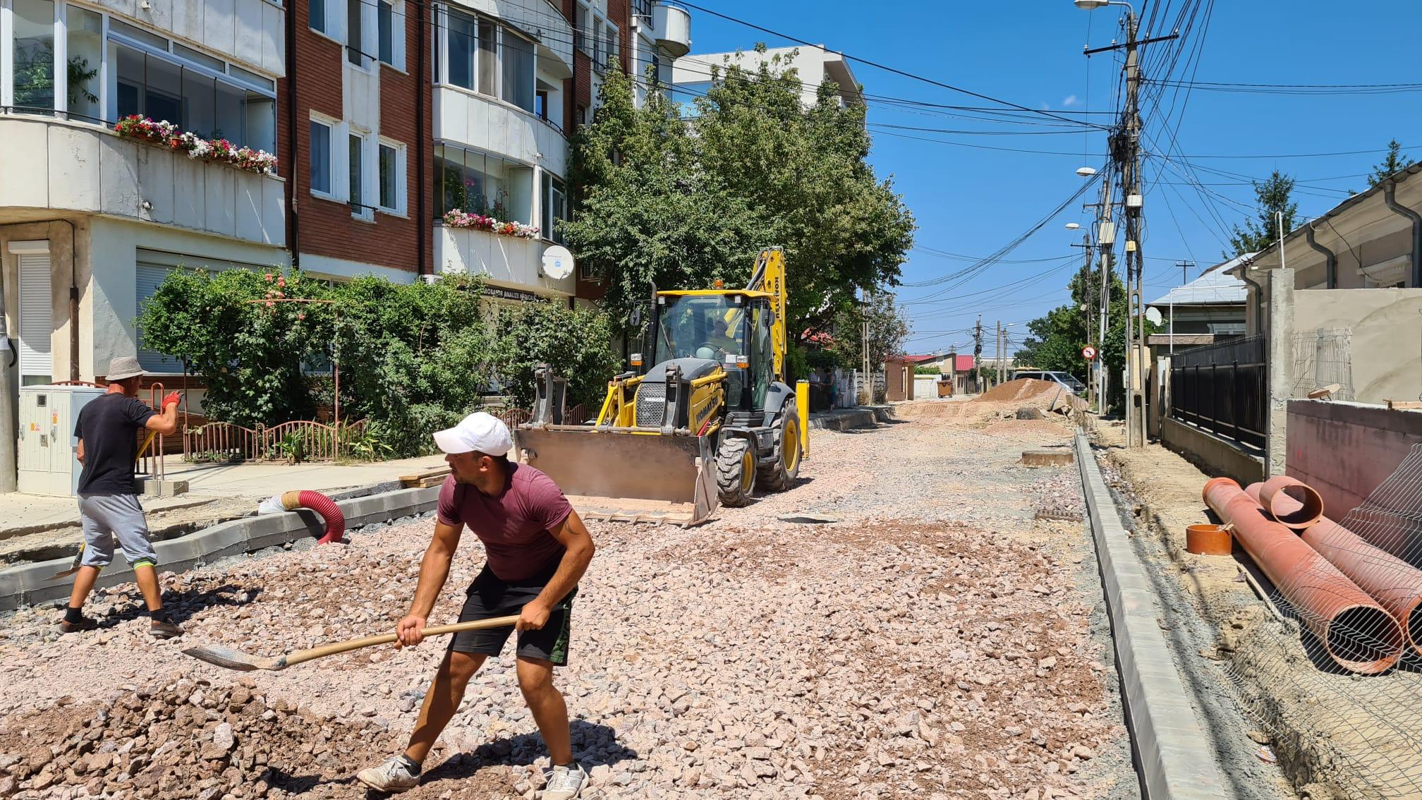 Ștefan Ilie precizează: lucrările pe strada Griviței și Meduzei sunt în grafic!