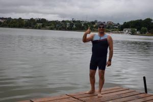 Prefectul va înota la maratonul Aqua Challenge, pentru a ajuta copiii cu dizabilități