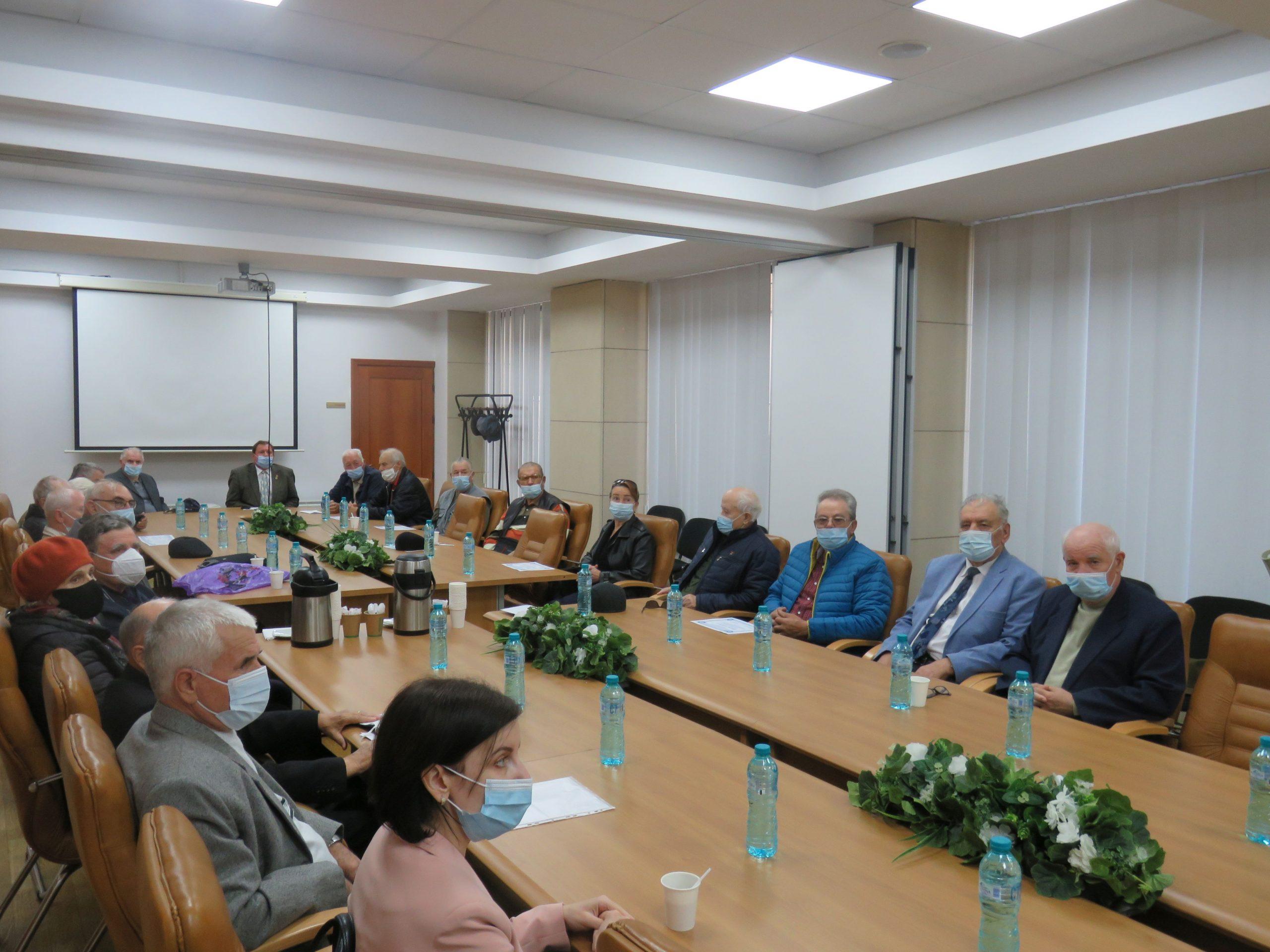 Adunare festivă la Consiliul Județean, pentru vârstnicii tulceni