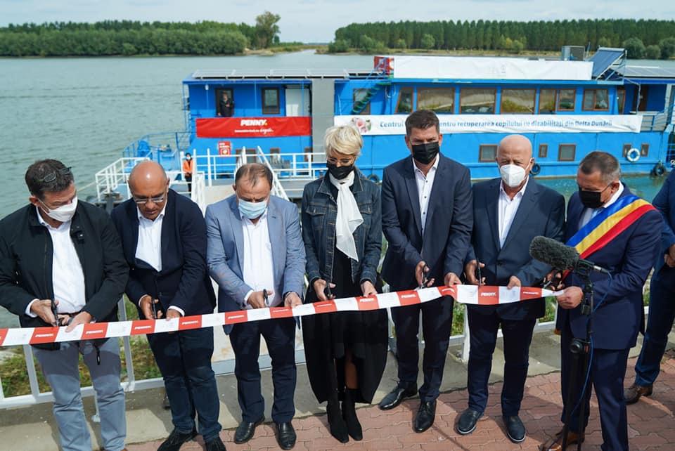 În premieră pe țară! Centru mobil de recuperare pentru copiii cu dizabilități, inaugurat în Mahmudia