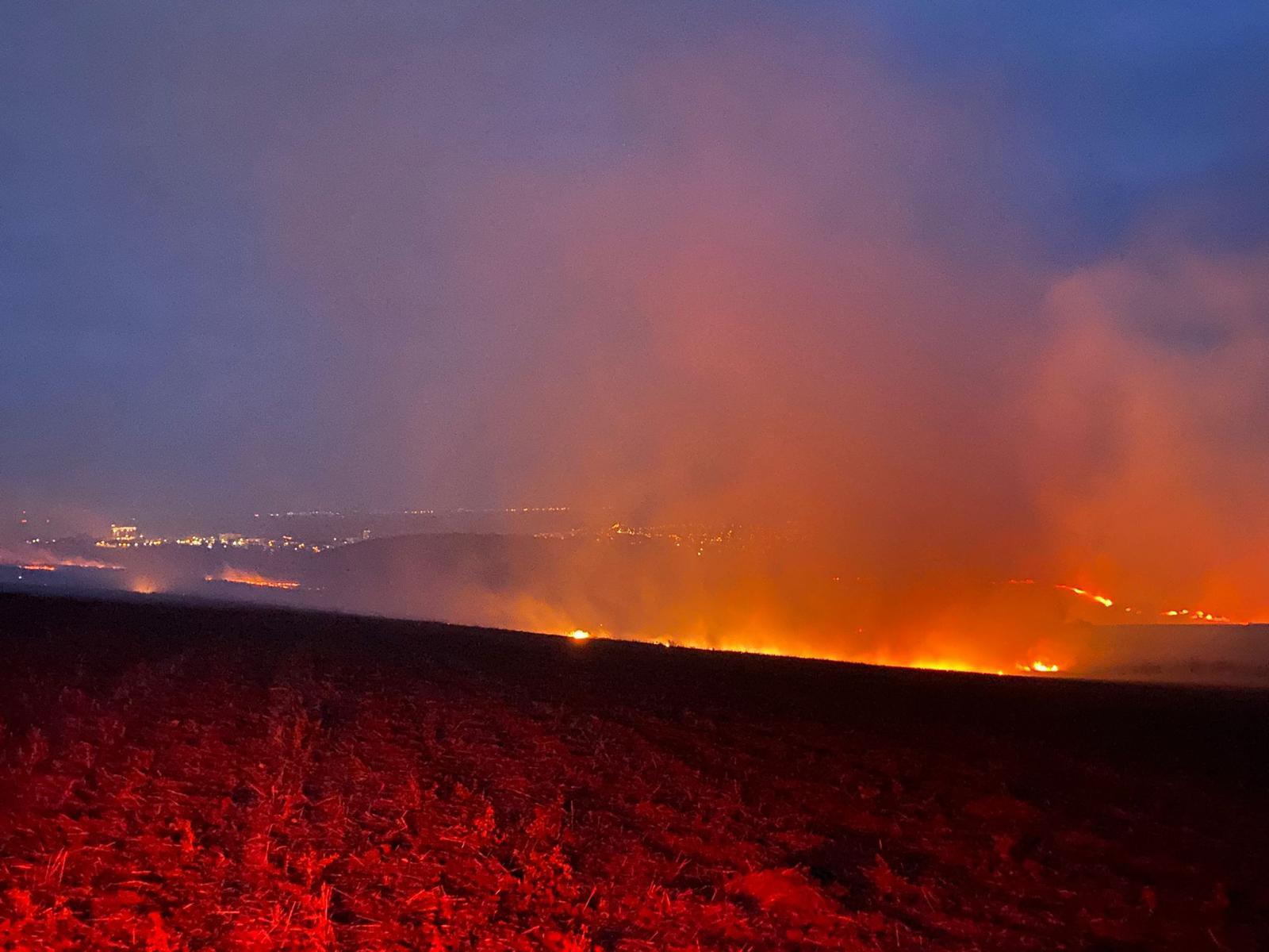 7 ore de foc pentru pompierii tulceni