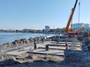 Stadiul fizic al lucrărilor pe faleza municipiului Tulcea se apropie de 50%