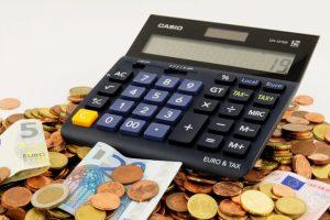 Studiu: La fiecare leu investit în educația unui român, statul câștigă 8 lei de la el din taxe, impozite şi contribuţii!